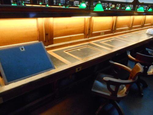 ビクトリア州立図書館がハリーポッターに出てきそうで、綺麗すぎてWi-fiも使えてもはや住みたい