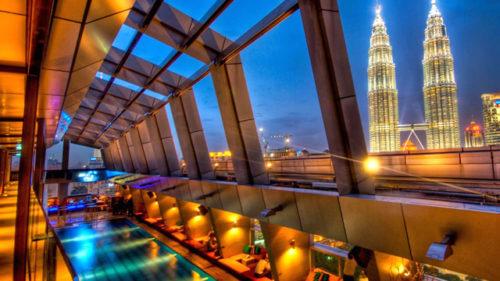 トレーダースホテル クアラルンプール~スカイバーはマレーシアでNo.1のバー!
